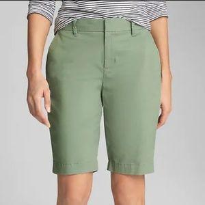NWT GAP Twig Olive Green Bermuda Shorts Size 10